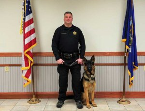 Sheriffs' Office Graduates Six New Canine Teams
