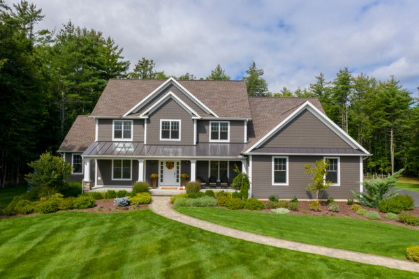 House of the Week: Pine Brook Landing Stunner On Over 7 Acres