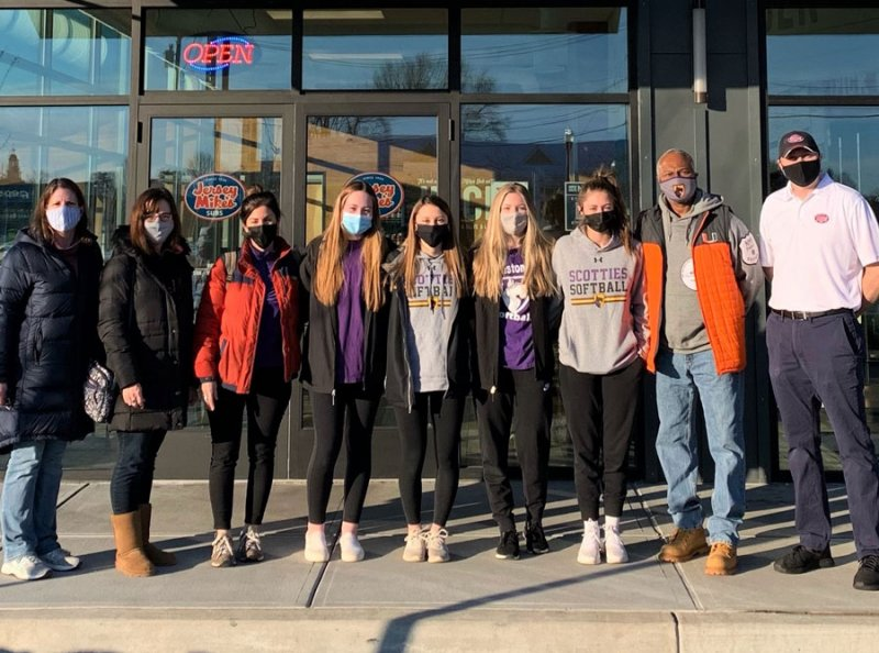 Ballston Spa Booster club representatives at Jersey Mike's in Malta. Photo provided.  (Left to right:) Lynn Donnelly, Booster Club President; Kim Russell, Vice President; Jessica Skillings, Secretary;  Hadley Donnelly; Julia Russell; Allie Piscitelli; Emily Skillings; Toby Youngblood, JV Coach; and Greg, Store Manager.